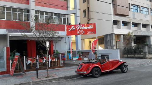 vendo lindo e aconchegante restaurante, estilo clássico