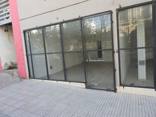 vendo local 40 mts ( b° cofico )