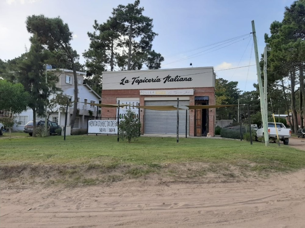 vendo  local comercial frente ruta 11  km 394 pinamar
