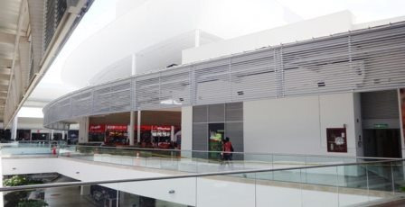 vendo local comercial unicentro 2do piso