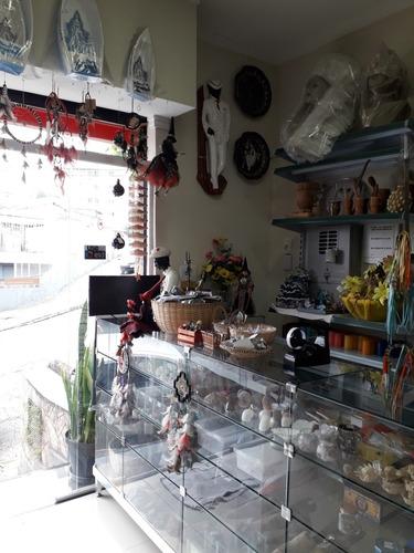 vendo loja de artigos religiosos e esotéricos