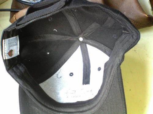 vendo lote d gorras negras bordadas fdc vitaminas son 22