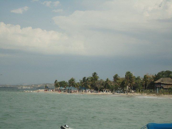 vendo lote isla punta arena, alfrente bocagrande (cartagena)