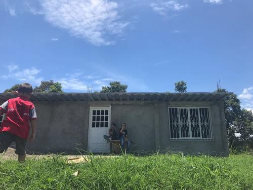 vendo lote via viterbo casa en construccion