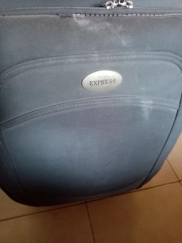vendo maleta mediana usada