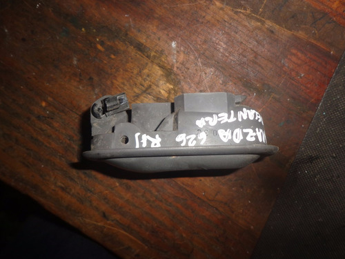 vendo manigueta delantera derecha de mazda 626, año 1994