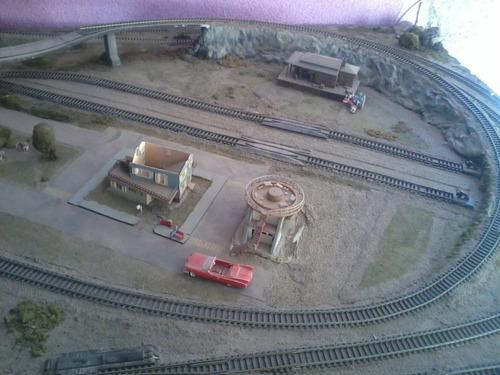 vendo maqueta tren escala ho 134x272cms  en dos piezas