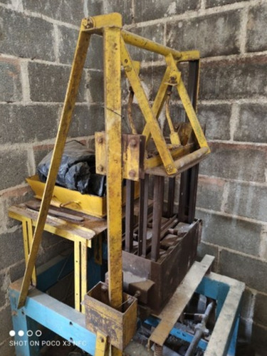 vendo máquina de fazer bloco