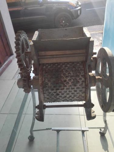 vendo maquina de pelar cafe y otras antiguedades