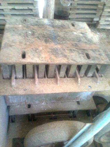 vendo máquina hidráulica de fabricar blocos