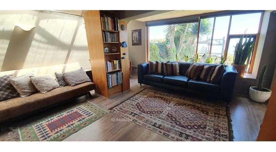 vendo maravillosa casa con vista al mar en exclusivo sector de reñaca