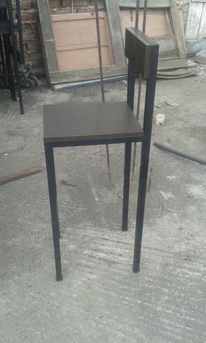vendo mesas + sillas + barra + campana