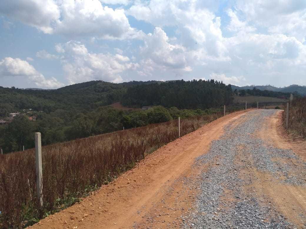 vendo meu terreno em ibiuna 600 demarcados e plano ve.