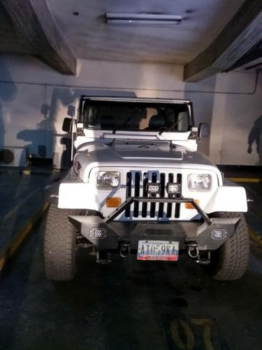 vendo mi jeep wrangler en optimas condiciones full extras