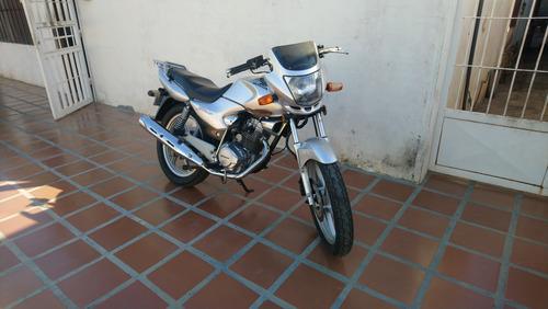 vendo mi moto honda storm 125cc