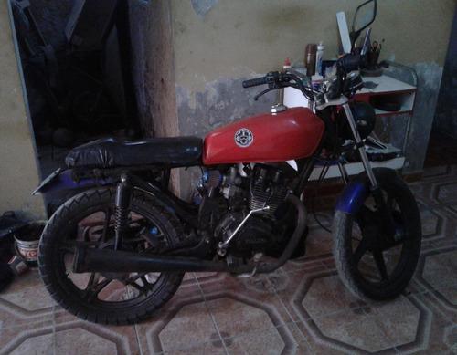 vendo mi moto personal italika 125 cc  año 2014