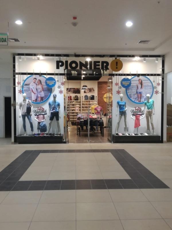 vendo mi  tienda/estreno en el c.c. gama moda plaza gamarra