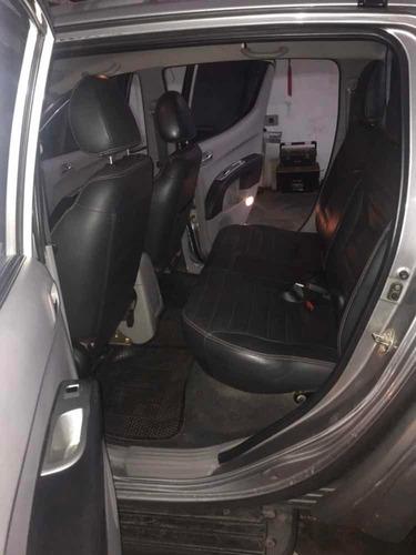 vendo  mitsubishi l200 3.2 cab doble 4wd cr 170cv at  2013