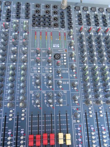 vendo mixer soundcraft live 4 con case