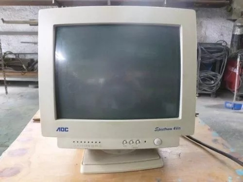 vendo monitores convensionales aoc y hp usado exc funcionam
