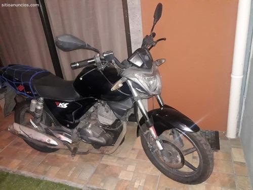 vendo moto 2013 en 350
