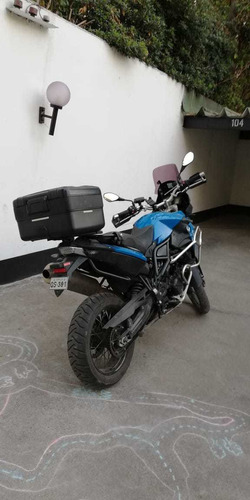 vendo moto bmw, modelo f800, mec., año 2014, 39.900 km