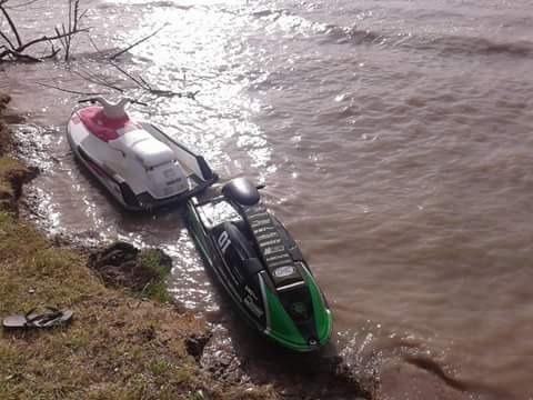 vendo moto de agua yamaha wave runner 700 motor nuevo