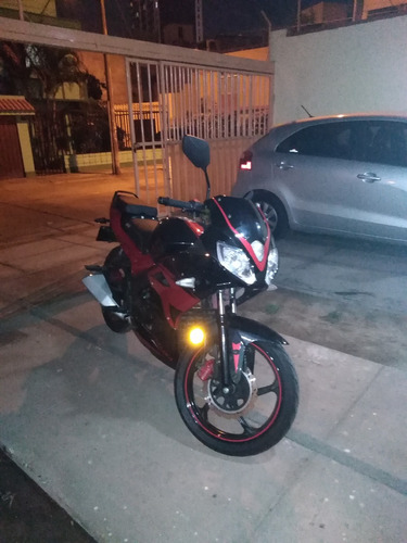 vendo moto italika modelo rt200