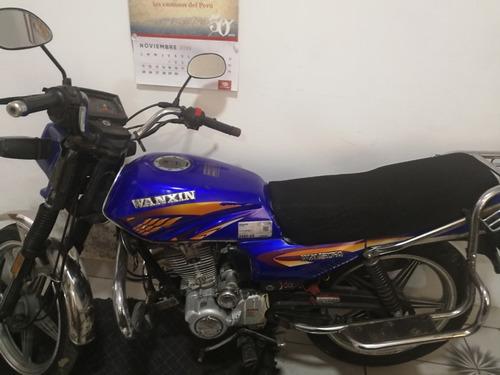 vendo moto marca wanxin 2014