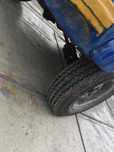 vendo moto torito 2 tiempos glp  2011