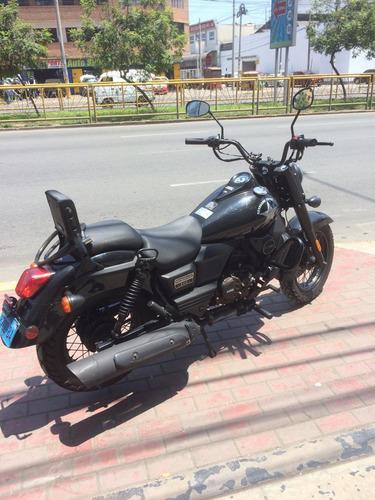 vendo moto um renegade 300cc