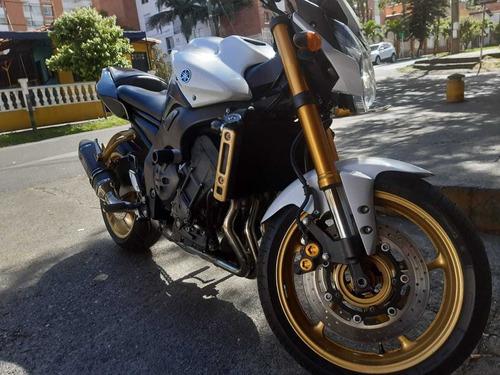 vendo moto yamaha fazer 800
