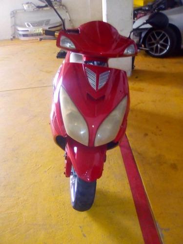 vendo motoneta, marca italika, modelo ex150t-c, año 2007