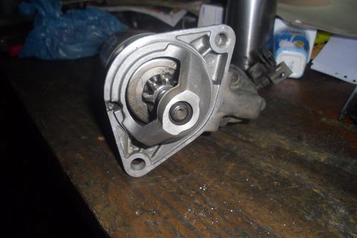 vendo motor de arranque de nissan b15, año 2005