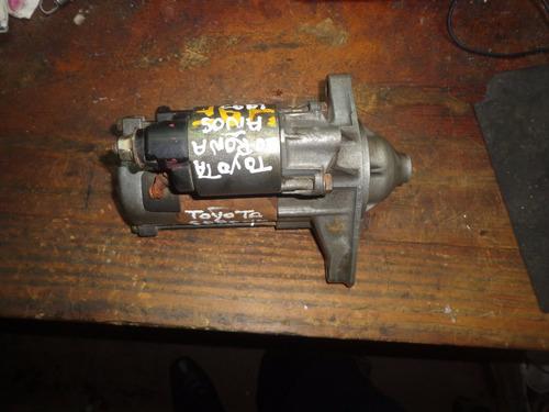 vendo  motor de arranque  de toyota corona año 1992