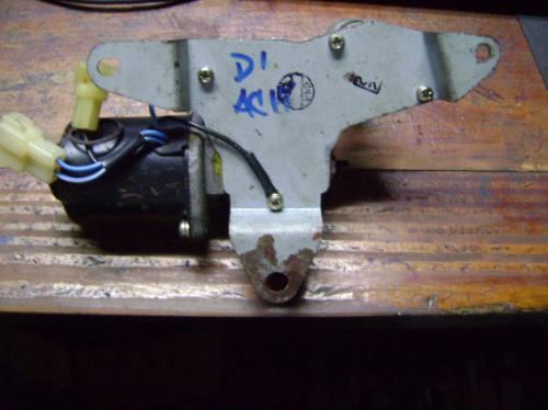 vendo motorcito de wiper de kia besta 95