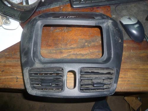 vendo mueble de radio de suzuki liana 2004 , # 73821-54g1