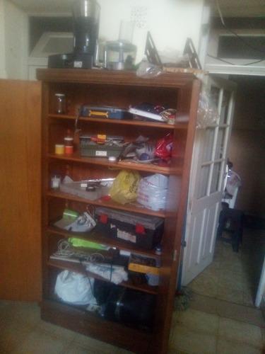 vendo mueble tipo biblioteca medidas 180 de alto ancho 1 met