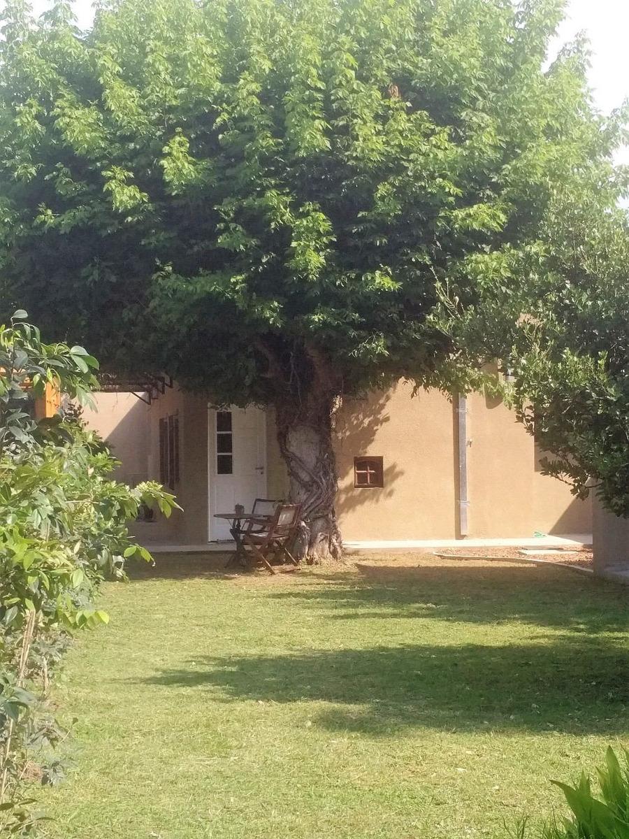 vendo muy bonita casa 4 ambientes parque cochera zona norte