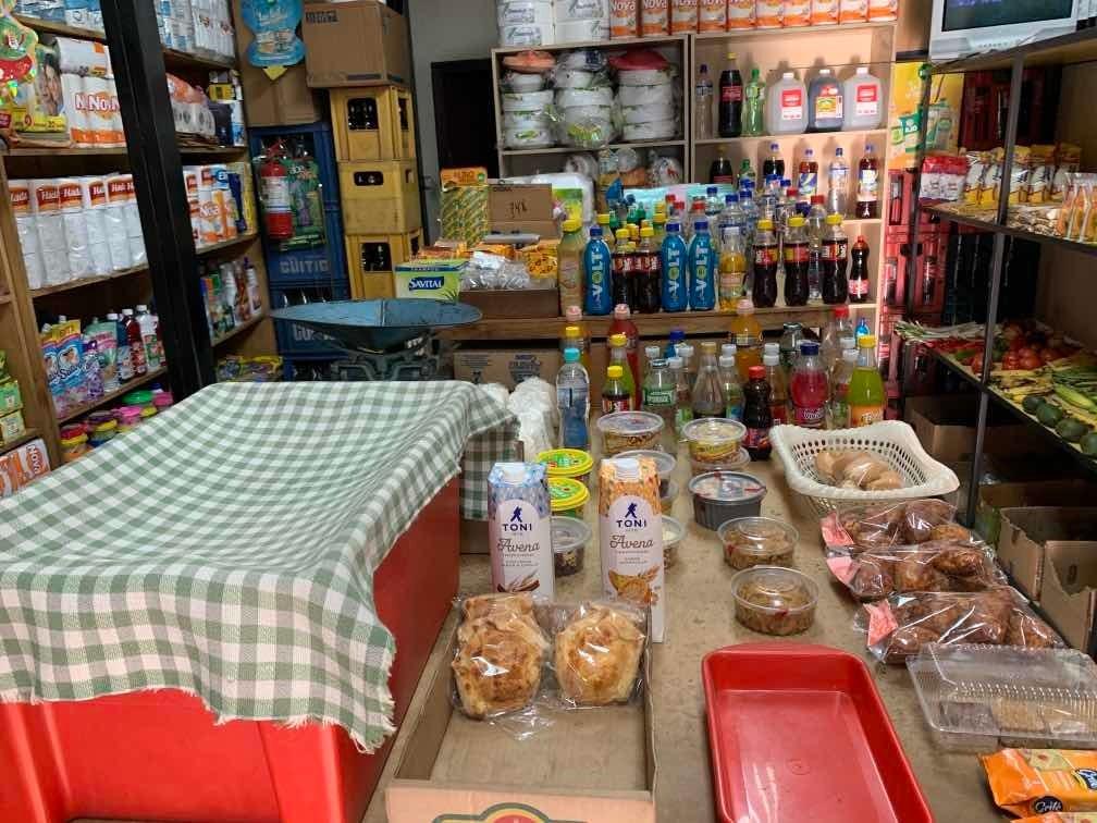 vendo negocio - local comercial con 30 años por jubilación