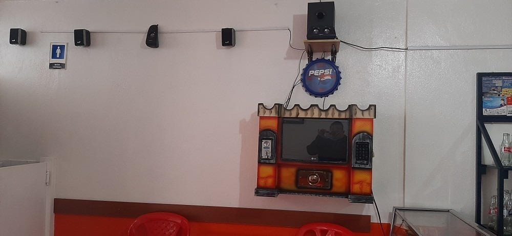 vendo negocio - rana - bolirana - rockola - cafeteria