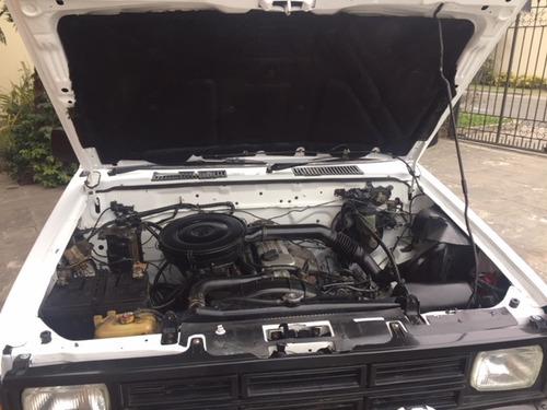 vendo nissan fiera diesel motor td23 conservada baranda poll