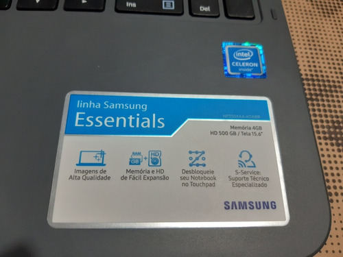 vendo notebook samsung essentials.