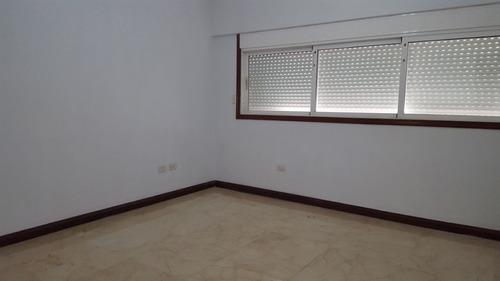 vendo o alquilo amplio apartamento en el vergel