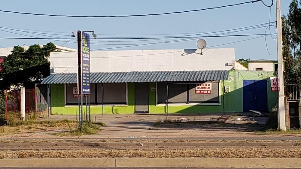vendo o alquilo, local comercial sobre avenida