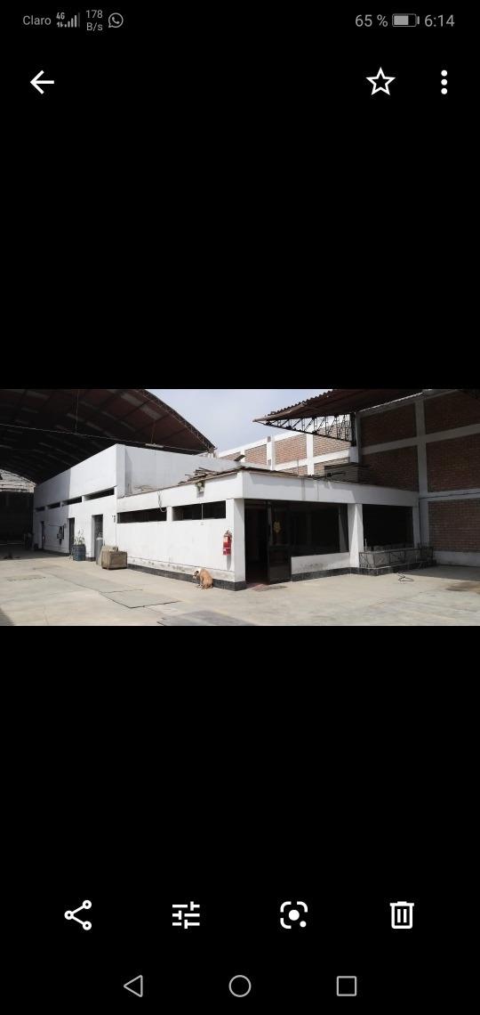 vendo o alquilo local industrial con oficinas