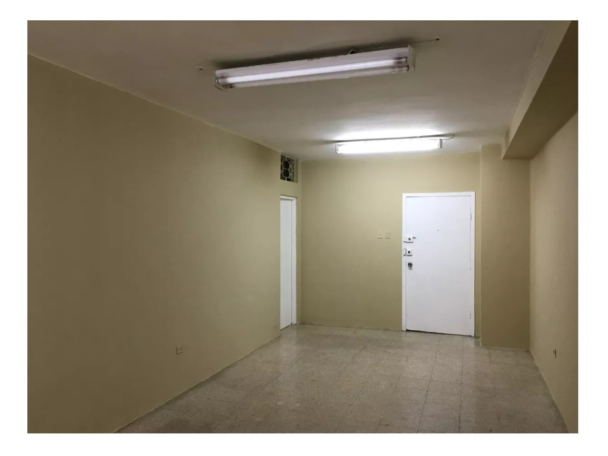 vendo o alquilo oficina de 30m2 en centro de guayaquil
