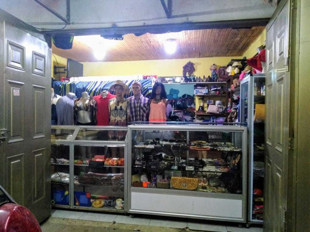 vendo o cambio negocio de ropa