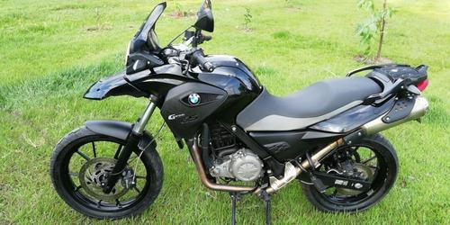 vendo o permuto moto bmw gs650 tripleblack full equipo