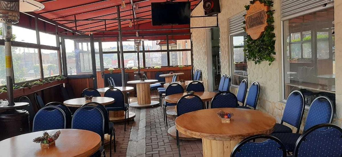 vendo o permuto restaurante bar